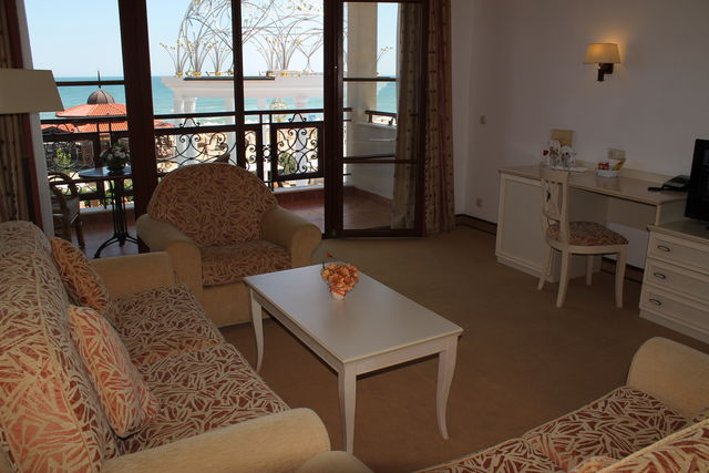 Royal Palace Helena Sands Hotel - Apartman