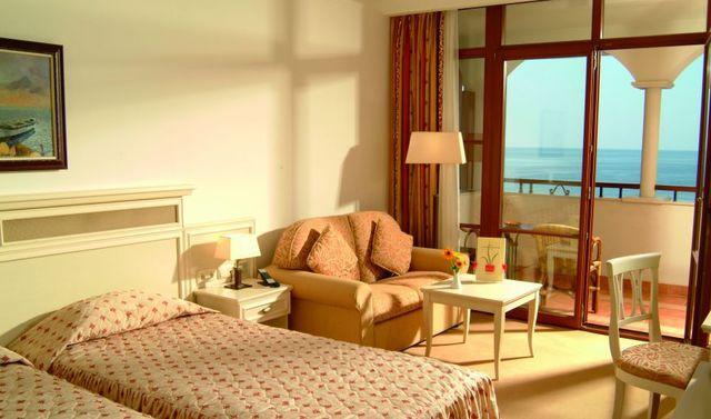 Royal Palace Helena Sands Hotel - single room luxury