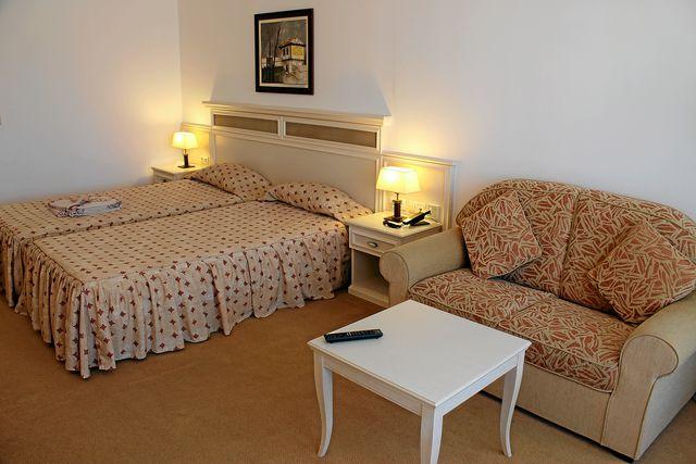 Рояль Палас Хелена Сендс - DBL room Fiesta hotel view (SGL use)